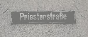 Straßenschild Priesterstrasse