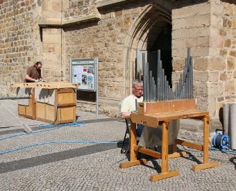 Alle 3788 Pfeifen der Eule-Orgel gereinigt