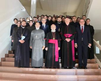 Deutsche Bischöfe würdigen Engagement der Kirchen in Armenien